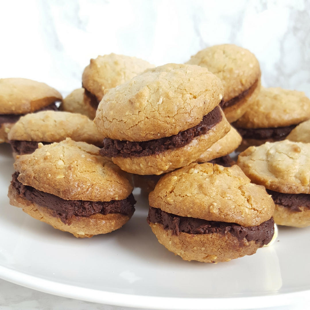 Hazelnoot chocolade sandwich koekjes