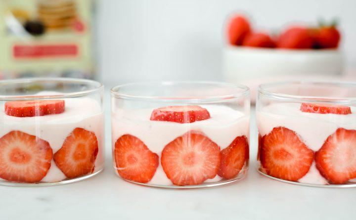 Aardbeien cheesecakemousse