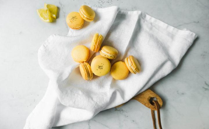 Macarons met citroen chocolade ganache
